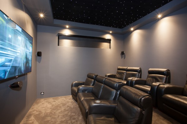 Green Hills Beach Home - Theatre