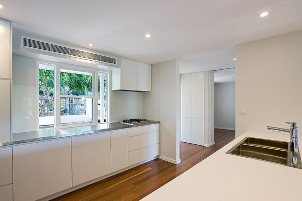 Birchgrove Home - Kitchen
