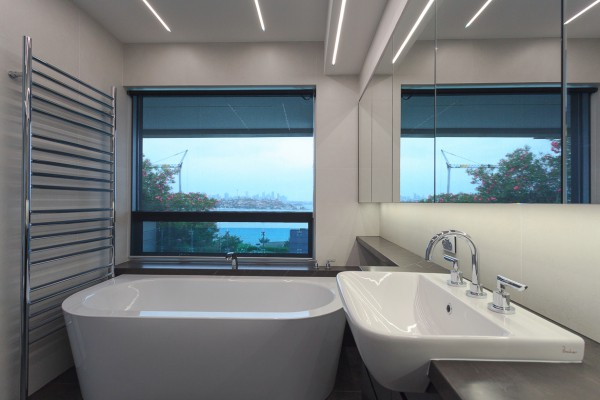 CPT Interiors & Construction - Rose Bay renovation - bathroom with harbour views