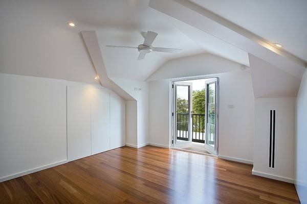 Birchgrove Home - Bedroom
