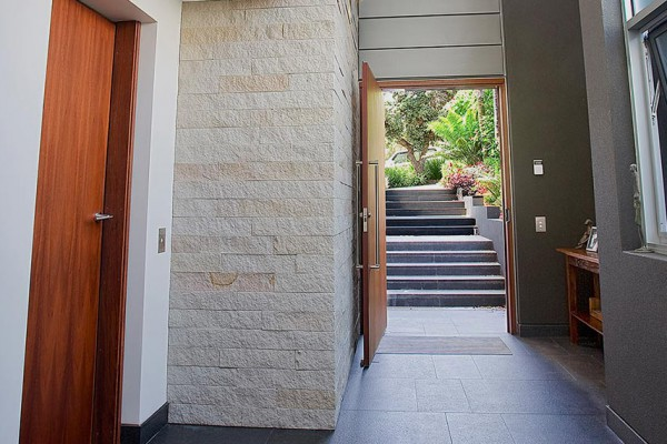 North Bondi Home - Entrance